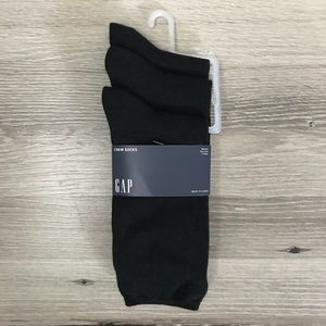 NWT • GAP Crew Socks